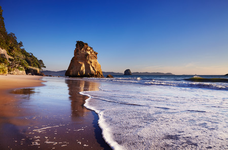 bay: Hoho Rock, Cathedral Cove, Coromandel Peninsula, New Zealand