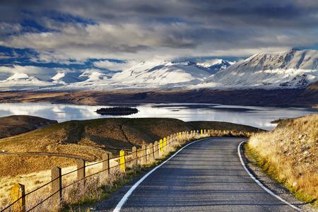サザン アルプスとレイク ・ テカポ、マウント ・ ジョン、マッケンジー ・ カントリー、ニュージーランドからの眺め 写真素材