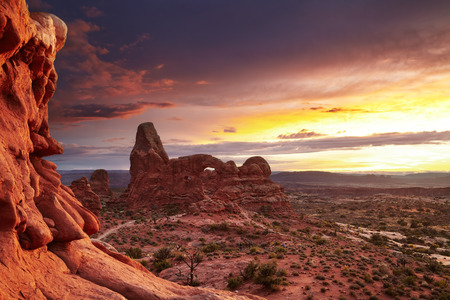 North Window Arch and Turret Arch at sunset, Arches National Park, Utah, USA Stok Fotoğraf