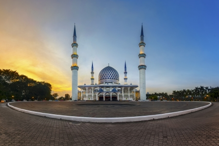 Sultan Salahuddin Abdul Aziz mosque photo