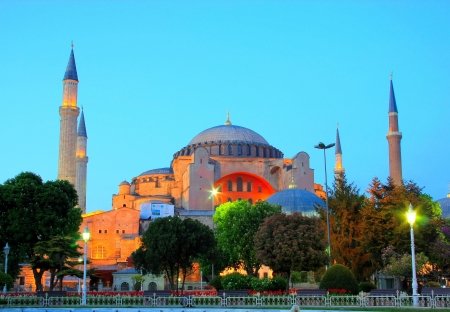 Evening view of the Hagia Sophia in Istanbul, Turkey  Stock Photo - 14814751