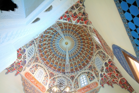 cami: Interior view of Yesil Cami  Green Mosque  in Bursa, Turkey