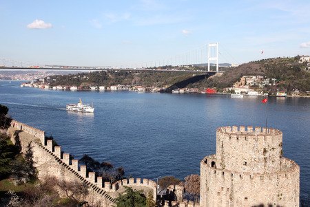hisari: Rumelihisari with the Fatih Sultan Mehmet Bridge in the background in Istanbul, Turkey Stock Photo