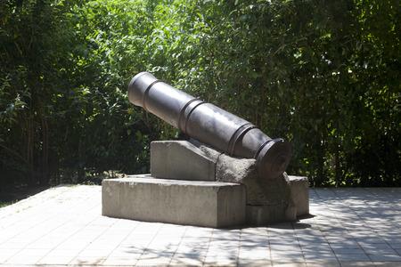 converted: Fortress guns of the fort Lazareva, Sochi, Russia