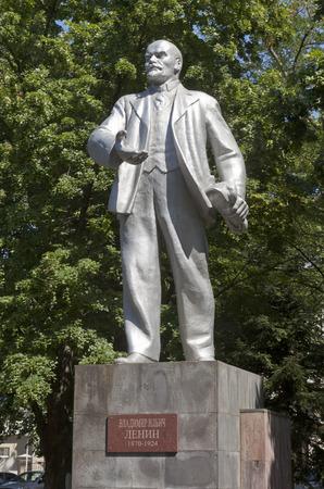 ulyanov: Monument to Lenin in the resort town of Gelendzhik, Krasnodar region, Russia