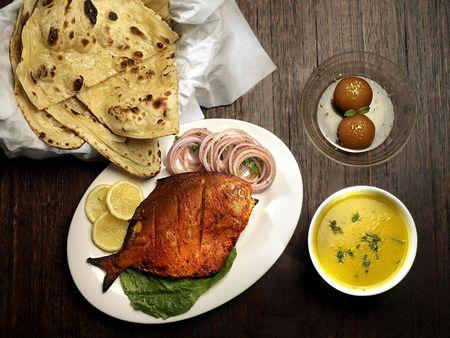 Fried Fish with Lemon and Potato  Stock Photo - 3708299