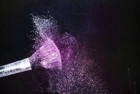 polvos: polvo de color
