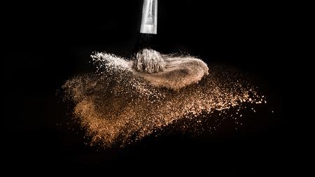 powder splash and brush for makeup artist