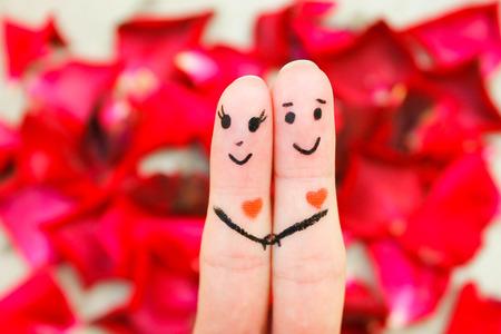 Gelukkig paar Een man en een vrouw knuffel Stockfoto