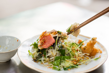 bean sprouts: Vietnamese rice noodle roll called Banh cuon
