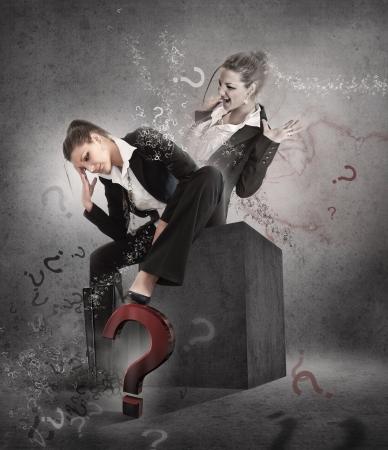 esitazione: Woman - essere o non essere? Esitazione poster. Archivio Fotografico