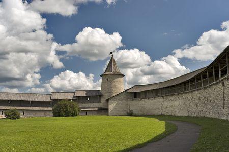 Kremlin ancienne forteresse de Pskov en Russie, � l'int�rieur