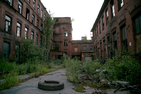 """Verlassene Fabrik Rot Dreieck, Sankt Petersburg, Russland. Ort der Dreharbeiten """"Stalingrad"""""""