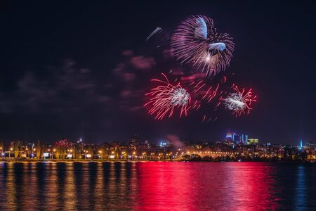 Firework over Voronezh river during celebration of Victory day anniversary festival. Stockfoto