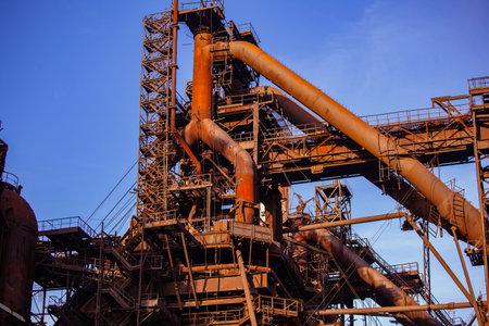 Blast furnace equipment of the metallurgical plant. Imagens