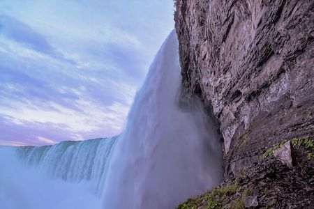 Gorgeous view of Niagara Falls landscape.Waves rumbling against the rocky shore. Beautiful nature backgrounds. 写真素材