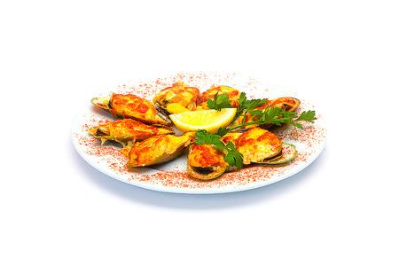 almejas: closeup of clams in marinara sauce
