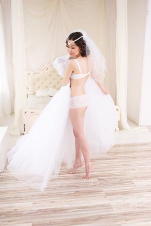 getting: Bride getting ready on her wedding day