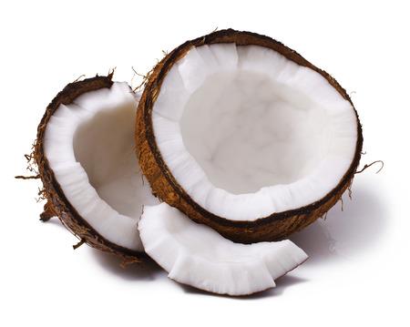 흰색 배경에 고립 된 코코넛의 조각 스톡 콘텐츠