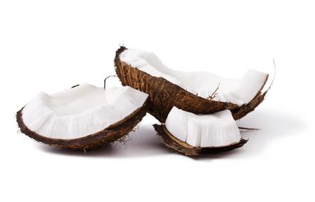 noix de coco: Pi�ces de noix de coco isol�s sur un fond blanc