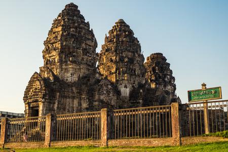 pra: Architecture temple ancient landmark at Pra prang sam yod,lopburi,thailand
