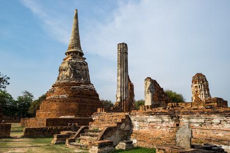 identidad cultural: Temple pagoda ancient ruins invaluable at wat phra si sanphet, ayutthaya, thailand