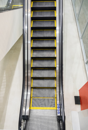 comfortable: Escalator technology step up comfortable