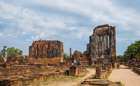 Temple ancient ruins place of worship famous at ayutthaya,thailand