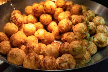 Takoyaki, Fried meat ball crispy pile in pan Reklamní fotografie
