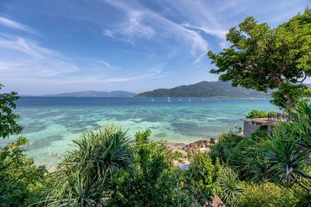 Beautiful tropical sea with coral reef and blue sky at lipe island Reklamní fotografie