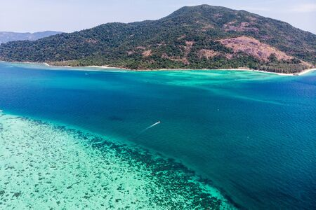 Aerial view Scenery of Lipe island with coral reef in tropical sea on summer Reklamní fotografie - 134746495