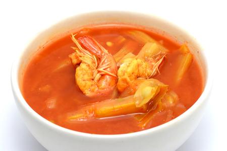oleifera: Comida tailandesa: sopa agria Moringa ole�fera ragout con camarones y agua Foto de archivo