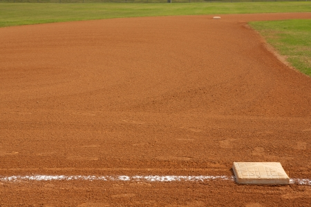 campo de beisbol: Campo de béisbol de tercera base con el campo más allá, y espacio para la copia