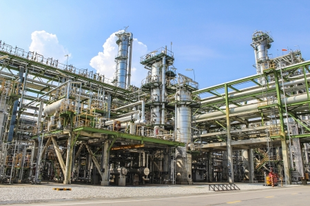 Structure of Oil and chemical factory in day time Stock Photo - 16148390