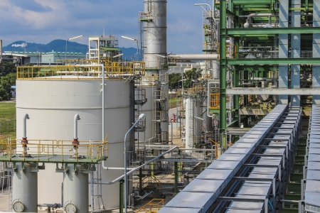 Structure of Oil and chemical factory in day time Stock Photo - 16148384