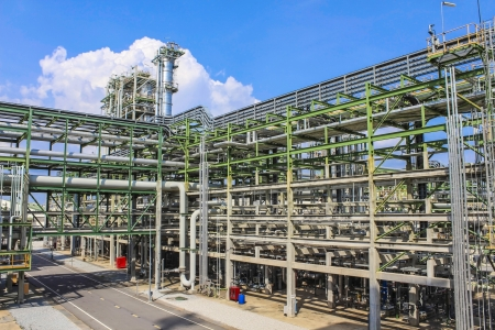 Structure of Oil and chemical factory in day time Zdjęcie Seryjne