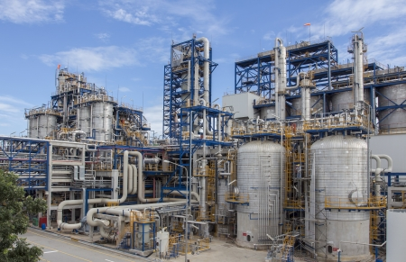 Big structure of petrochemical plant wit blue sky