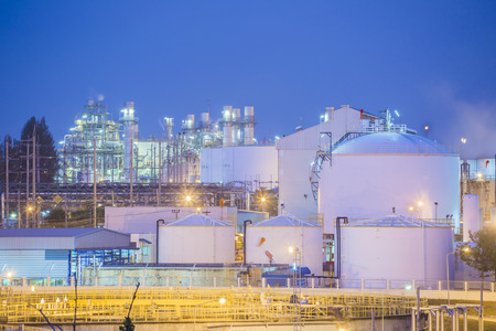 construction plant: Twilight scene of Petroleum and chemical plant Stock Photo