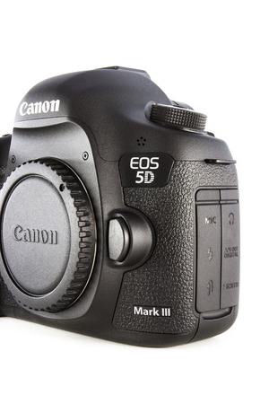 eos: RAYONG , THAILAND - DECEMBER 31 , 2014: DSLR Digital Camera of A EOS Canon 5D Mark III on white background