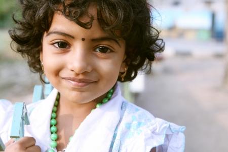 ni�os pobres: Retrato de la muchacha india