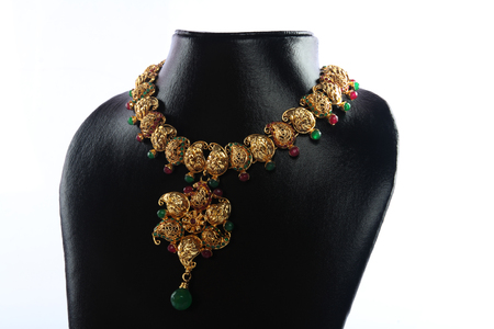 gold necklace: Indian Traditional Gold Necklace