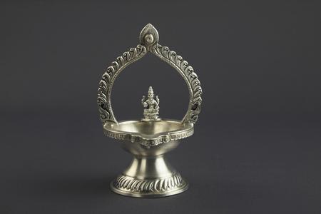candil: L�mpara de aceite tradicional india