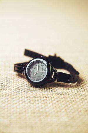 Girl's classic metal wrist watch