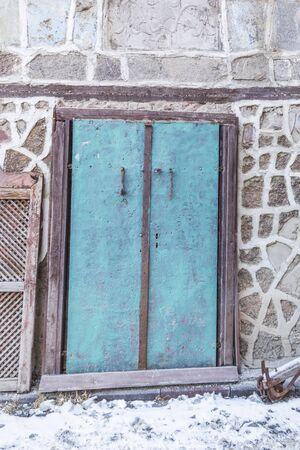 Old blue door  in Erzurum, Turkey Archivio Fotografico