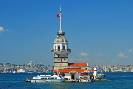 Maiden s Tower  Leander s Tower  in Istanbul, Turkey