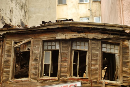 demolished house: A Demolished House in Istanbul