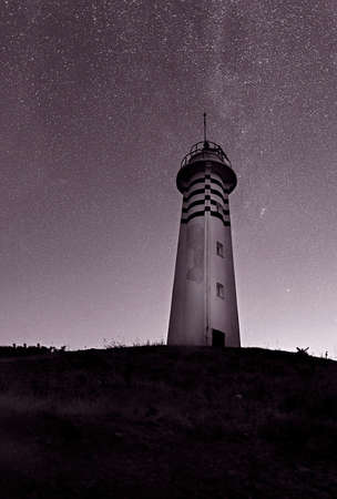 Sarpıncık Lighthouse, which was established in 1938, is a veteran lighthouse that has not stopped serving since then. Sarpıncık Lighthouse, which is powered by solar energy, is 97 meters high from the sea and its visibility is 12 miles.