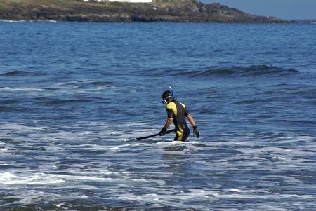 snorkling: Snorkling in the ocean water