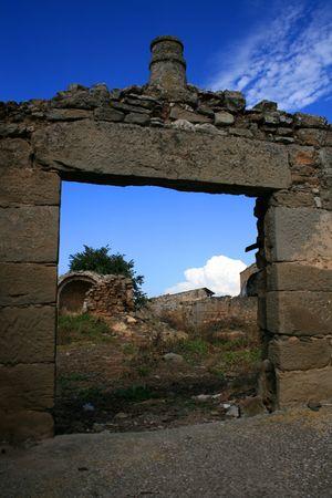 Ruin door on a catalan country Stock Photo - 3828624