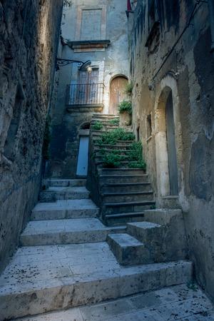particular alley in the historic center of Ragusa Ibla, Sicily,Italy 版權商用圖片